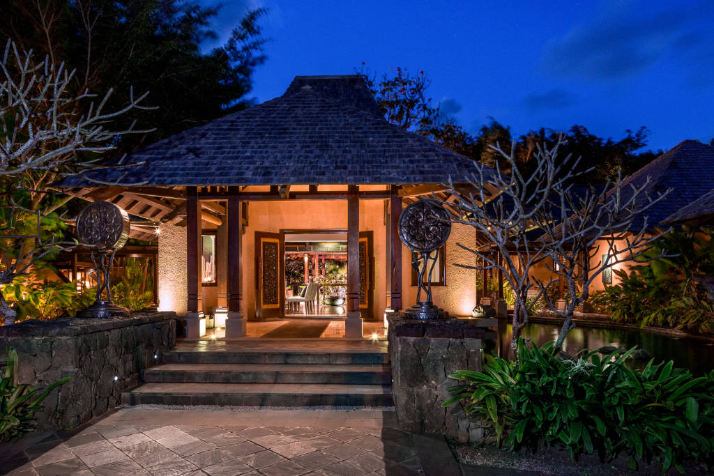 evening view of the entrance to the Shanti Maurice Spa in Mauritius